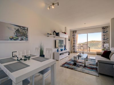 Photo for New! Luxury corner apartment with views 4. 2.6
