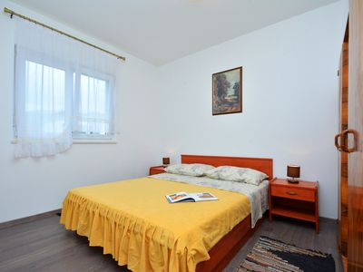 Photo for Deluxe apartment near the beach