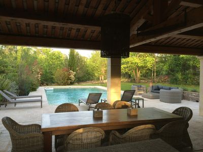 Photo for Beautiful and quiet house with pool. 5 bedrooms. 4000m2 garden