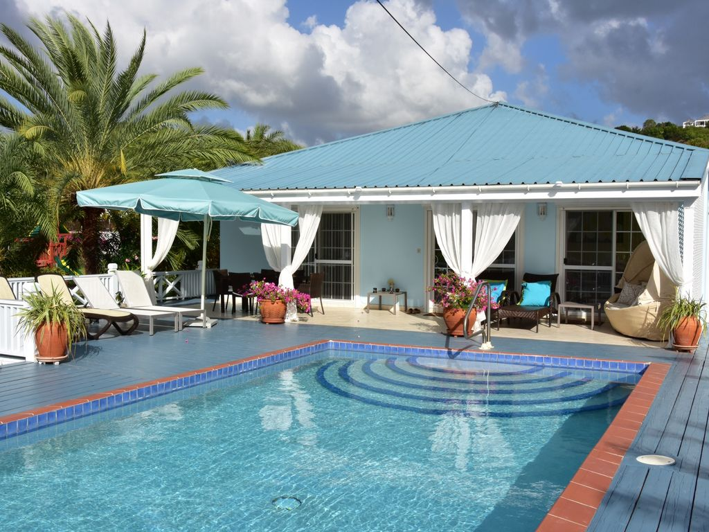 Jolly Harbour villa rental Calabash Villa Stylish