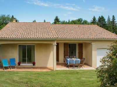 Photo for Villa Carcassonne - a bright and modern bungalow in a rural village setting