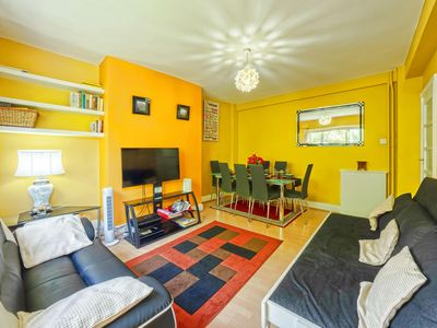 Photo for 3 mins to Tube, Newly updated Spacious, Light, 2Bed/1.5 Bath; Camden - Sleeps 8