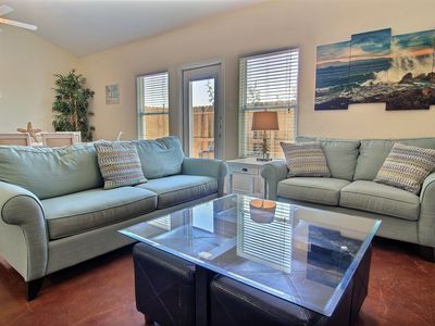 Nemo Cay Resort BC105 is a 5/4 Townhouse w/a beautiful kid-friendly Pool!