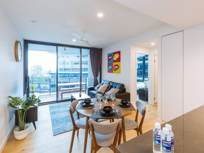 Photo for ★Amazing★ 2 Bed Apt In The Heart Of SouthBank