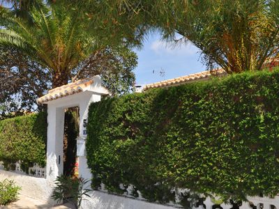 Photo for Beautiful villa with private swimmingpool, garden, Airco and near by the beach!