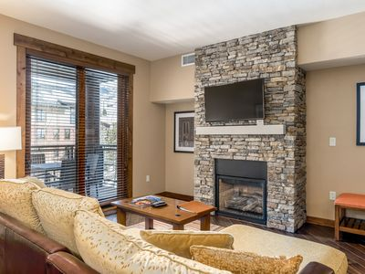 Photo for Luxurious condo w/ private balcony & shared pool, hot tubs, game room & fitness