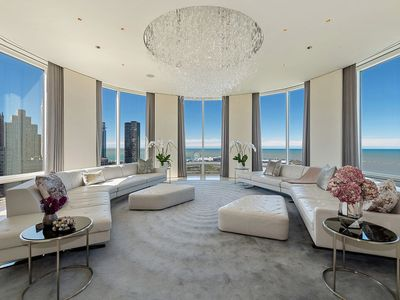 Photo for Breathtaking four bedroom apartment