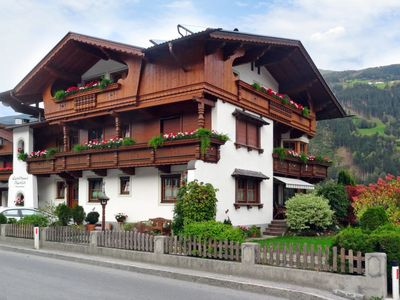 Photo for Apartment Martin (ZAZ510) in Zell am Ziller - 5 persons, 4 bedrooms