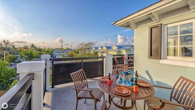 Photo for **PORTSIDE PEARL @ THE SEAPORT** Old Town Living + Pool + LAST KEY SERVICES
