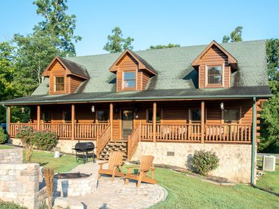 Photo for 10% BACK TO SCHOOL SPECIAL thru 8/30 S'Mores Lodge w/Pool Table/Foosball/Arcade, WiFi, Close to Town