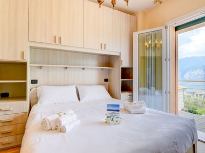 Photo for Appartamento Enrica - Apartment for 5 people in Malcesine