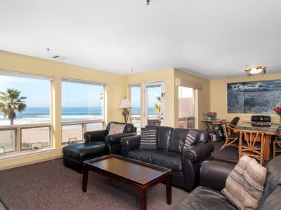 Fantastic Views  - Oceanfront 2 Bedroom - - On the Sand with Pool Sleeps 7