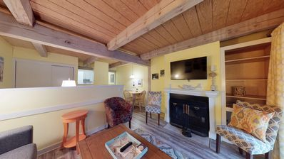 Photo for Sunny, dog-friendly suite with tennis, shared pool - close to golf & beach