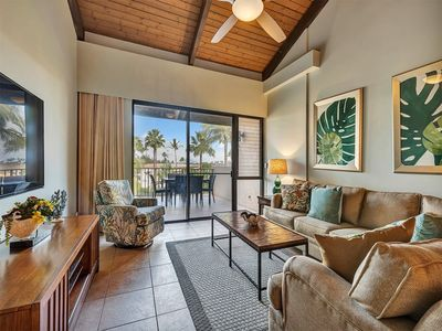 Photo for Live in Luxe Style w/Modern Kitchen, WiFi, Washer/Dryer–Kamaole Sands 10413