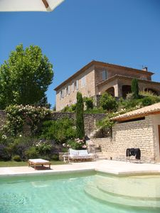 Photo for Comfortable family house with stunning views of the Luberon