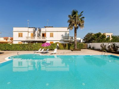 Photo for 1079 Vacations with pool in Santa Maria al Bagno