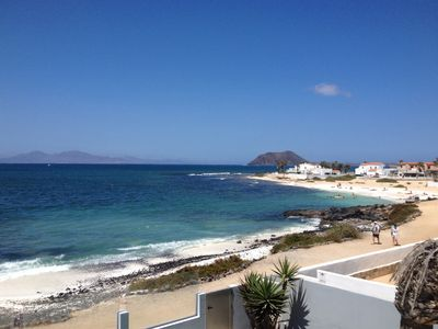 Photo for Exclusive villa on the seafront with Wifi and views of Lobos and Lanzarote