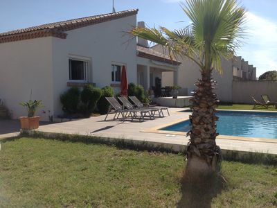 Photo for Villa 150 m2 garden swimming pool 10 minutes from the beaches