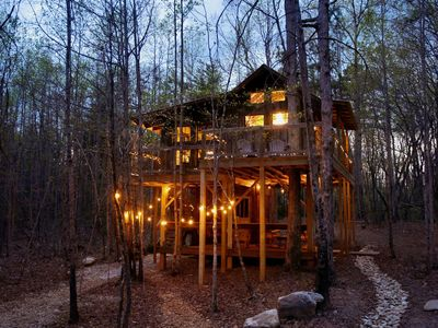 Photo for Romantic Luxury Treehouse Getaway for Two