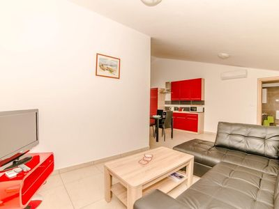 Photo for Apartments Orange Medulin / Family one bedroom apartment A2