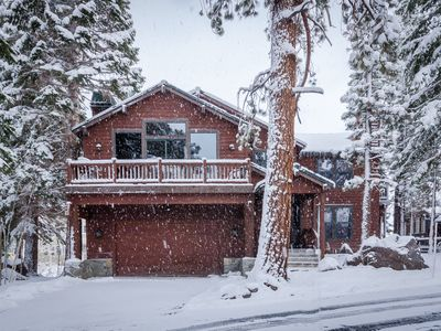Photo for Ski-in/Ski-Out 5 Bedroom Luxury Home