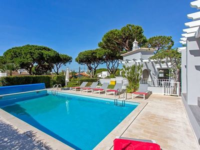 Photo for Vilamoura Villa, Sleeps 6 with Pool and Air Con