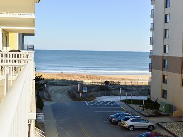 New Decor! Oceanfront Condo (Side) in Mid-Town OC - Indoor Pool & Wi-Fi