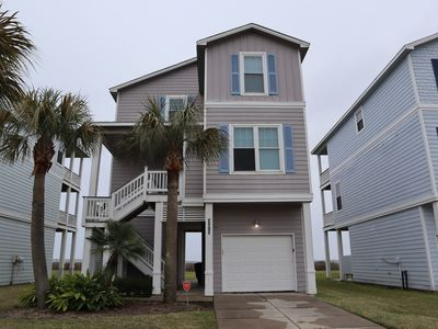 FRONT ROW HOME WITH GULF VIEW, BEDS FOR 10 + SOFA BED FOR 2, BOOK NOW & SAVE $