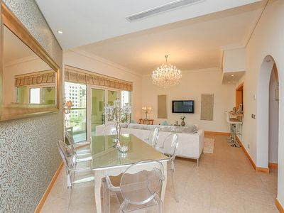 Photo for Elegant 2 Bed in Palm Jumeirah