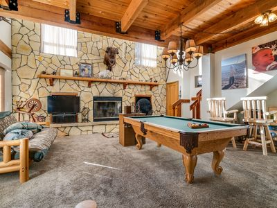 Photo for Birds Nest: Walk to the Lake! Pool Table! Hot Tub! Wood Fireplace! Cable TV! Sleeps 13!