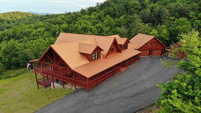 Photo for Beautiful new cabin in MT.Airy with amazing views of the blue ridge mountain