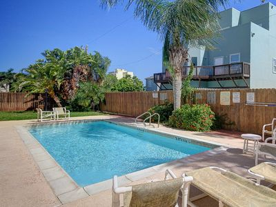 Photo for Adorable home w/ pool, private patio, 1/2 block to beach