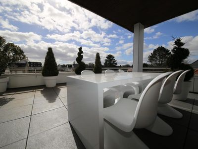 Photo for Exclusive 125 m² designer penthouse with 180 m² roof terrace in the heart of Scharbeutz.