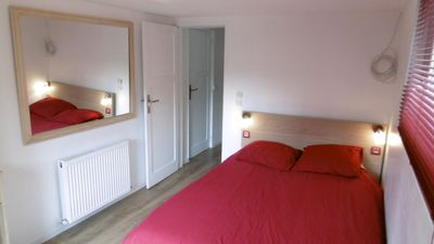 Chambre rouge (140/200)
