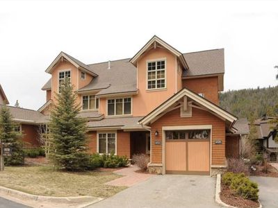 Photo for 3 Bed, 3 Bath Townhome, Attached Garage, Heated Pool, Hot Tub, Free Shuttle