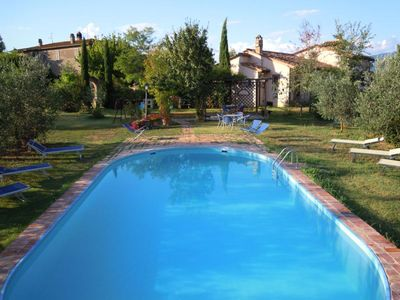 Photo for Apartment in the Valdichiana countryside near the village of Cortona, sleeps 9, with swimming pool,