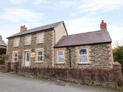 Photo for COZY CWTCH COTTAGE, pet friendly in Penrhiwllan, Ref 935330