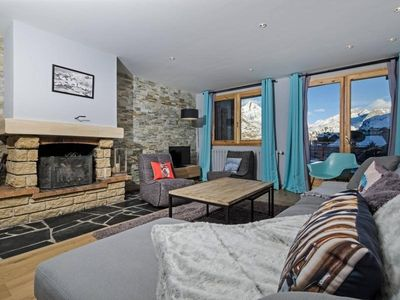 Photo for Chalet Tignes, 4 bedrooms, 12 persons