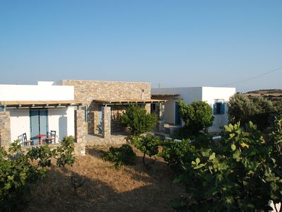 Photo for Villa in picturesque village, 5 min walk from the island best beach