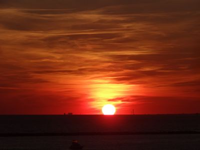 Photo for If you love the perfect sunset view then check out unit 714 at The Islander