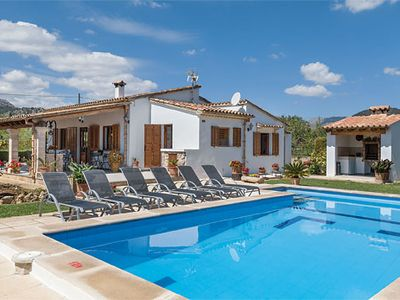 Photo for Charming 3 bed Villa w/excellent views & a pool
