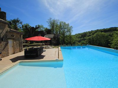 Photo for Charming stone house with private pool in the heart of Black Perigord