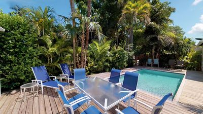 JASMINE PLACE  - 1 blk to Duval - Private Pool - Parking!