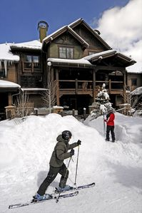 Photo for Ski In/Out 4BR Townhome - 200' From Union Creek Lift!