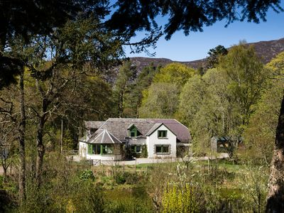 Photo for Comfortable Highland Lodge, just 20 minutes from Aviemore
