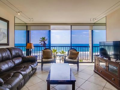 OCEANFRONT CORNER SUITE IN GORGEOUS PACIFIC BEACH