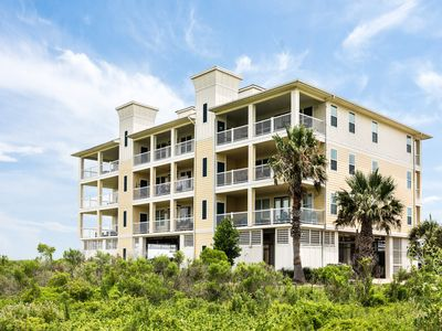 Photo for Bayview condo close to the beach w/ shared pool, hot tub, & resort amenities!