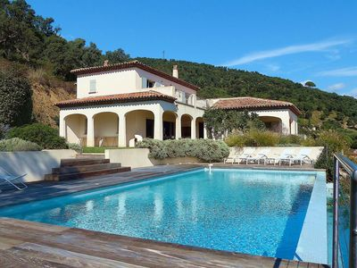 Photo for Luxurious villa (10 ppl.) near Sainte-Maxime (Bartole): great sea view and pool