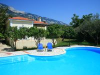Very good stay in a nice little house  Beautiful pool  Very Nice garden  Good staff  It is a ...