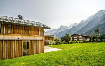 Photo for Surface area : about 170 m². 2nd floor. Orientation : South. View mountain